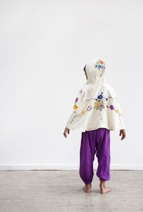 #NixieClothing #KidsFashion Summer Poncho made from Vintage linen embroidered tablecloth@nixieclothing