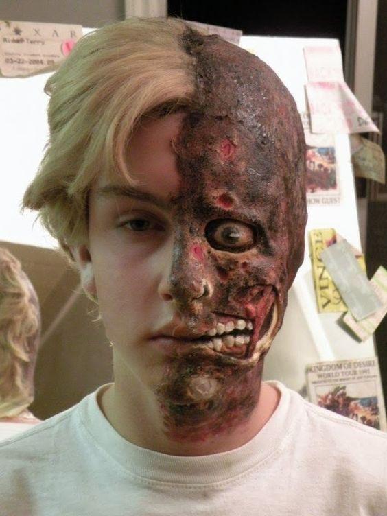 Maquillaje Halloween Para Hombres Dos Caras