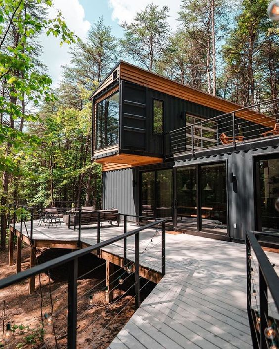 40+ Best Shipping Container Homes Design Ideas – Points to Analyze Before Building | binarung.com #housedesign #homedesign