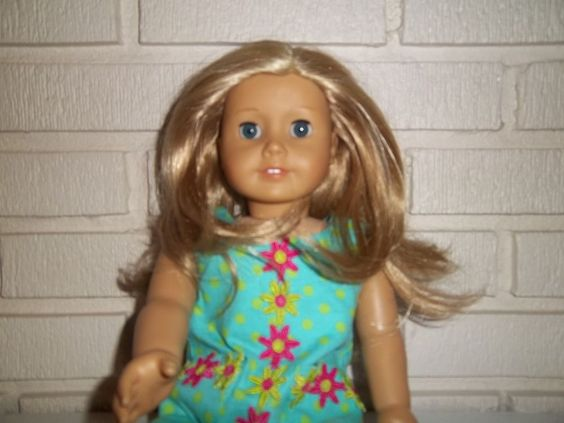 American Girl DOLL Layered Blonde Hair Blue Eyes Plus Extras! #DollswithClothingAccessories