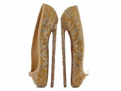 Who would or could wear these????? Owch