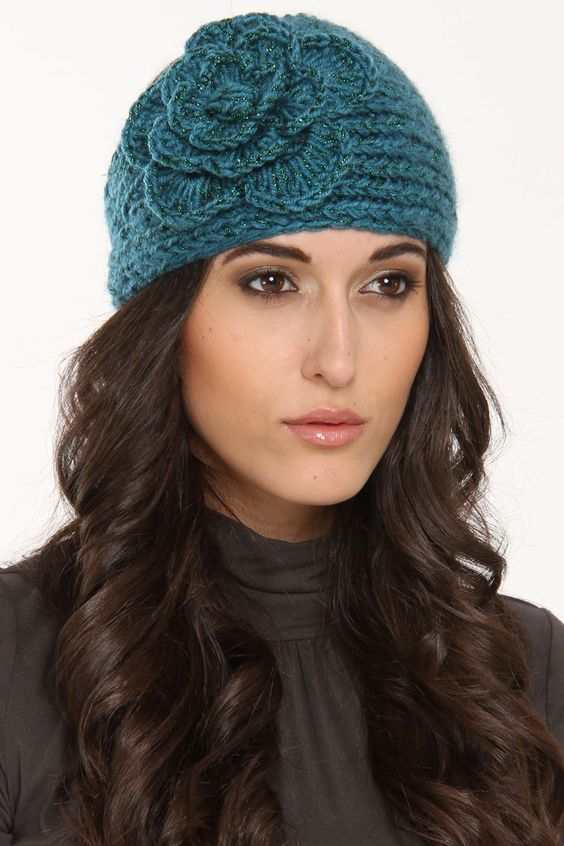 Big Flower Knit Hat In Turquoise.