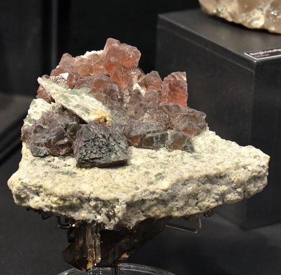 Kristalle: Urner Mineralienmuseum Seedorf 1014