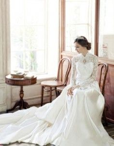 Fashion Wedding Dress for Plus-Size — Sleeves