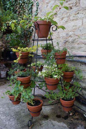 Lazy Daisy Circular Plant Pot Holder/ Etagere