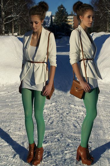 the green leggings resemble Peter Pan too much, but i love this outfit