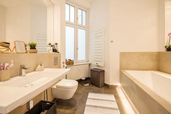 Ausnahmeobjekt Am Ludwigkirchplatz Traumhaft Sanierte Altbauwohnung In Bestlage In 2020 Altbauwohnung Wohnung Etagenwohnung