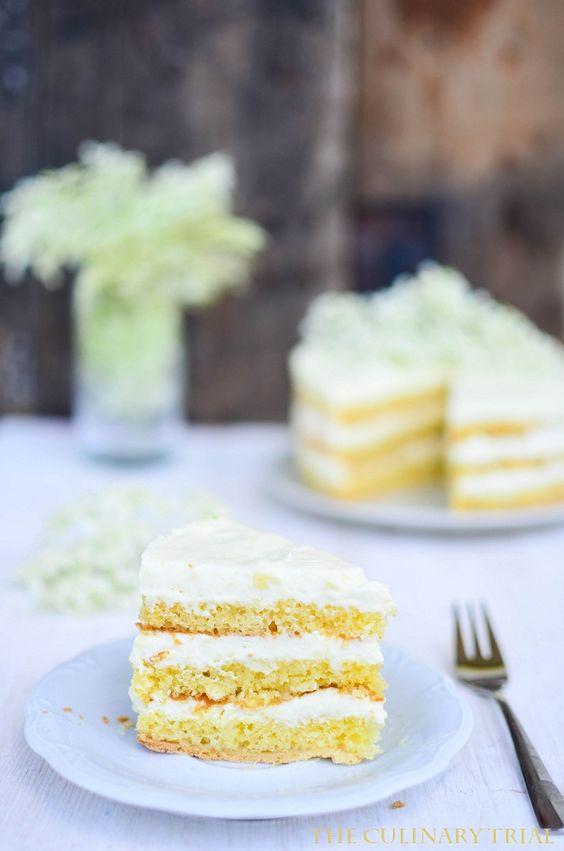Holunderblüten-Mousse-Torte