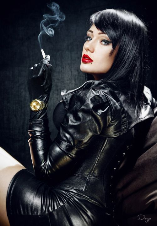 The finest leather - LovelyLeatherLadies