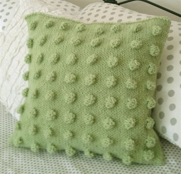 Apples Chunky Cushion