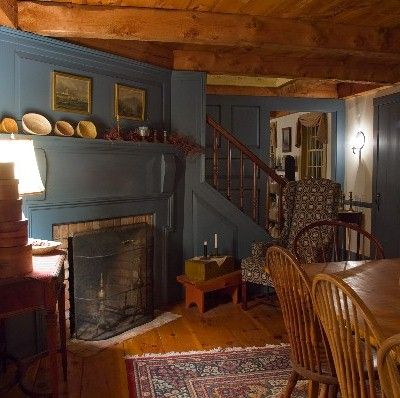 Pennsylvania colonial interiors click small picture to for Colonial interior paint colors