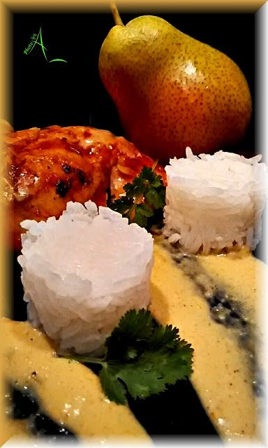 """Ma sauce au curry de Madras  Le nom de """"curry"""" ou """"cari"""" est un terme générique qui en Asie du Sud-Est et dans l'océan Indien désigne tant les plats mijotés en sauce que les mélanges très parfumés d'épices destinés à leur assaisonnement. En Inde, c'est le terme """"massala"""" ou """"masala"""" faisant référence à un """"mélange"""" d'épices qui est utilisé."""