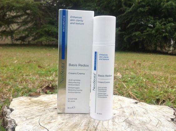 Neostrata Basis Redox es una crema facial con efecto antiedad formulada a base de alfahidroxiácidos (AHA'S) para atenuar las arrugas ... #farmaciabonnin