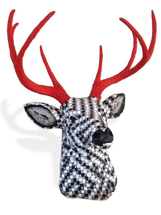 When Arlene Groch's son asked her to cover a resin deer's head to hang on the wall of his San Diego office, he was serious and it was a request she couldn't refuse. The black and white pattern was his choice. In a post on the Philadelphia guild [...]: