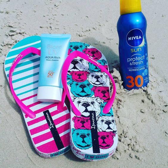 Praia, sol, verão.... Foto tumblr com meus protetores solares favoritos. Praia Cachoeira do Bom Jesus em Floripa-SC! Foto: Autoral Nina Magrin