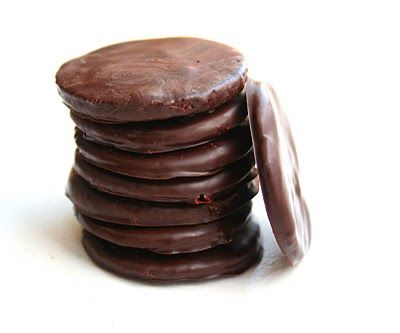 Homemade Thin Mints (Low Carb and Gluten Free)  Need to do do the calc on this, but 0 for the carbs.