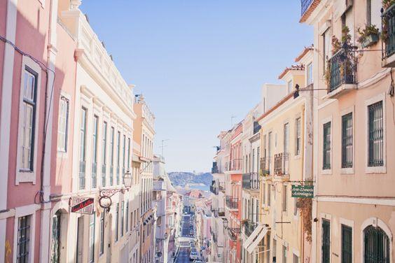 Les bons plans Lisbonne d'Éléonore Bridge. A manger, aquarium, jardin botanique, jolis endroits.