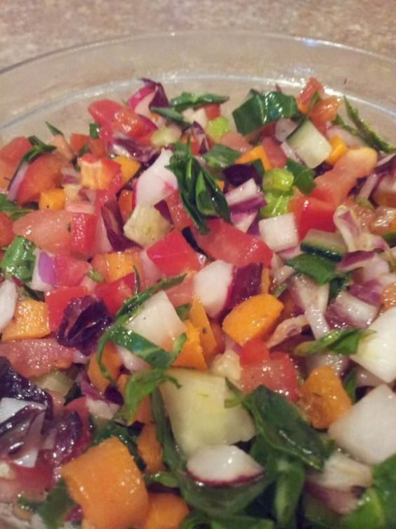 Organic Super Salad ~tomato, red bell pepper, carrots, celery, cucumber, radish, red onion, collard greens, mint, radichio, mediterranean dressing & fresh squeezed lemon juice