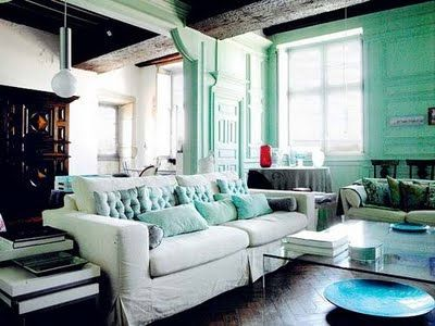 love the wall color.