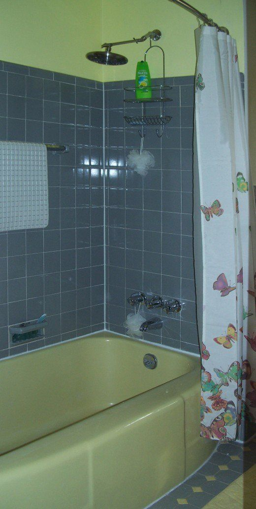 Diy Step By Step Guide To Remove Shower Doors From A Bathtub
