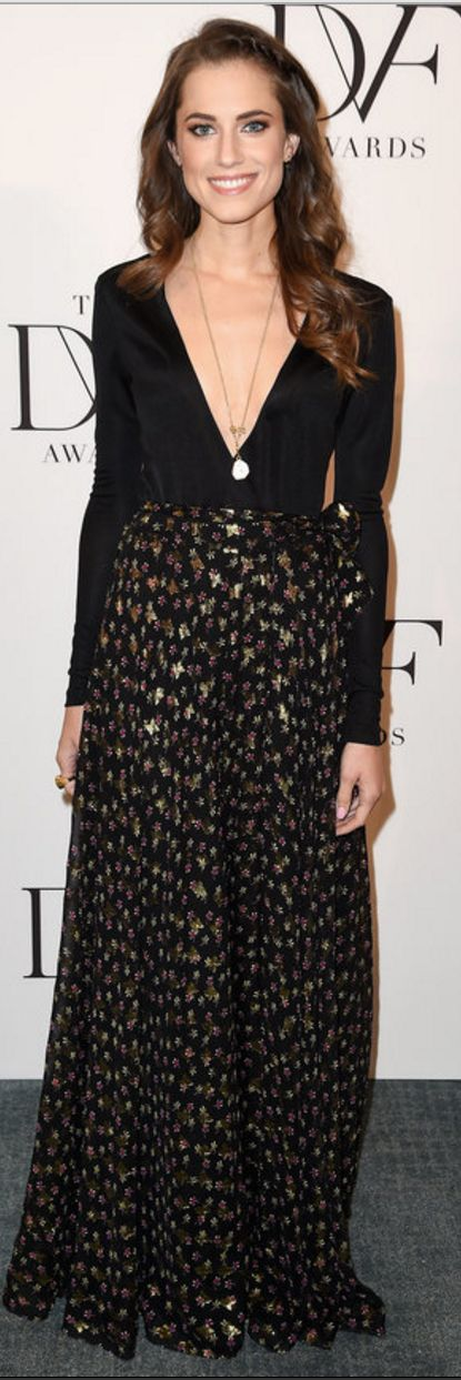 Allison Williams: Dress – Diane von Furstenberg  Necklace and ring – H. Stern