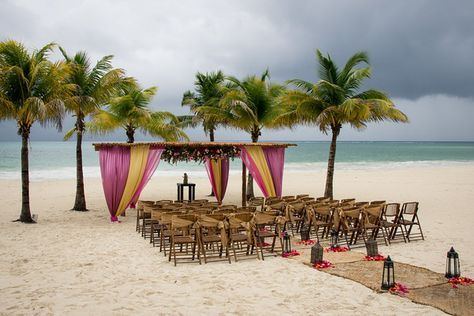 Exotic colours and themes are available.  http://bit.ly/1NdK1nY #lizmooreweddingsmexico #lizmooreweddings @secretsresorts