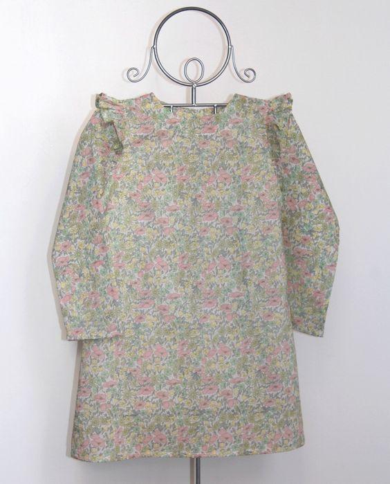 Découvrez la gamme Abracadabra by Tibebeo: une gamme de vêtements qu'on peut modifier à souhait, au grès des envies et des occasions... Des...
