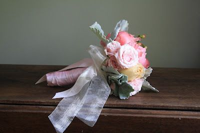 Alternate view of 'sweet, delicate' bouquet
