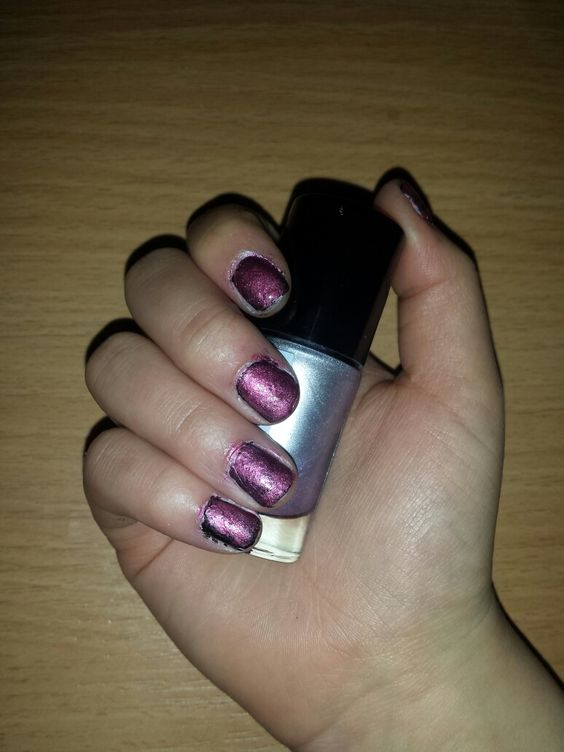 Poeple nails