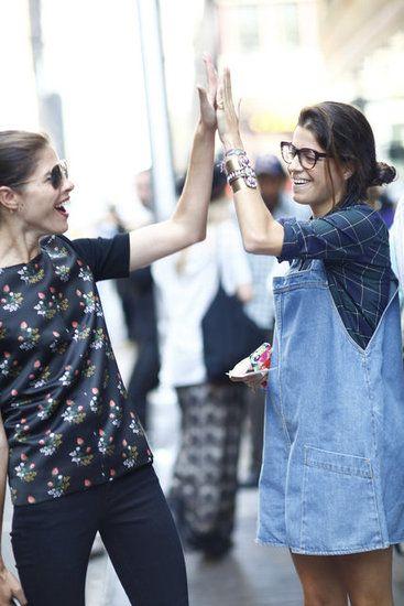 Leandra Medine's adorable overalls deserve a high-five