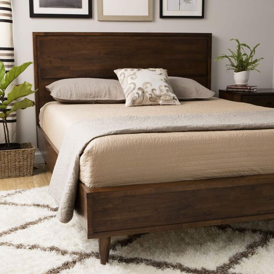 Vilas Queen-size Mid-century Style Bed