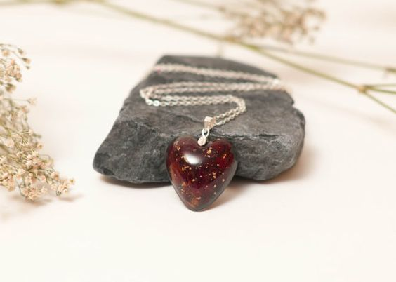 Eco Chic Red Rose Petals and Gold Leaf Flake by LomharaJewellery