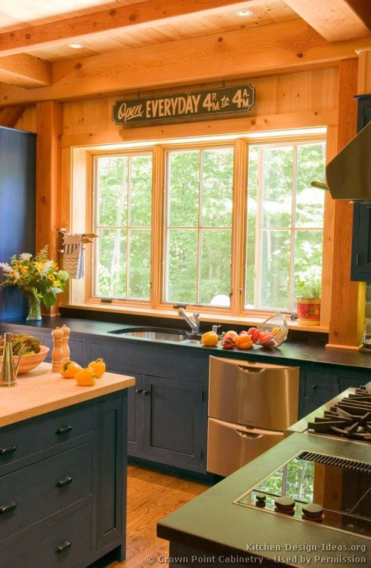 Traditional Home Kitchen: Traditional Blue Kitchen Cabinets #04 (Crown-Point.com