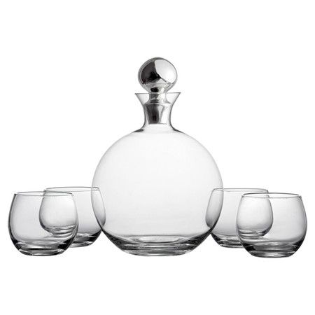 Serve drinks from this tapered glass decanter to add a classic touch to any dinner party or neighborhood get-together.  Product: