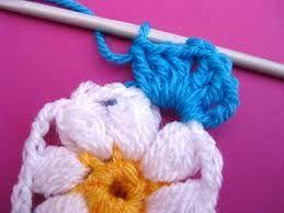 Resultado de imagen para flor cerrada en crochet