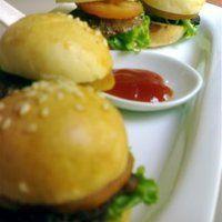 Sliders (Mini-Hamburgers)