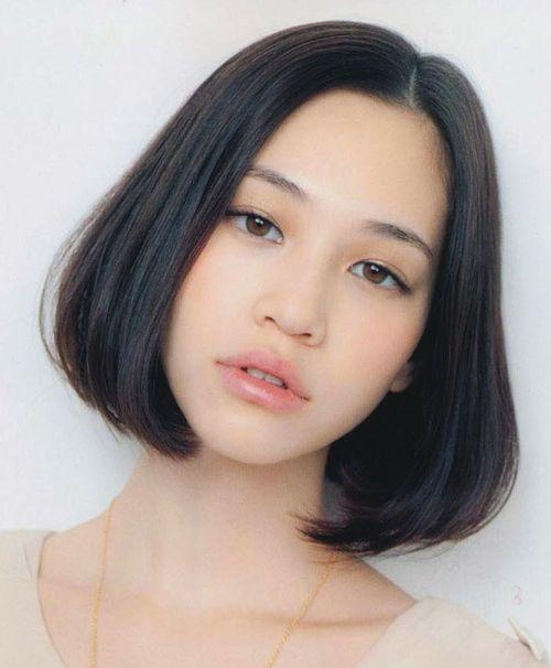 髪型が特徴的な水原希子のかわいくてかっこいい画像