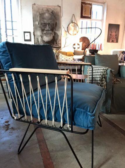 fauteuil croisette honor velours bleu meubles pinterest brun produits et technologie et. Black Bedroom Furniture Sets. Home Design Ideas