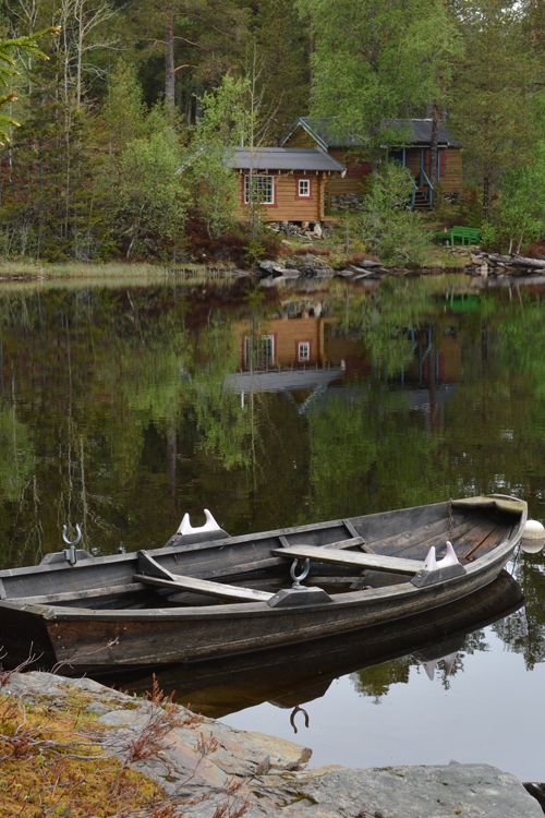 a little cabin on a lake in the woods....I'd never leave....: