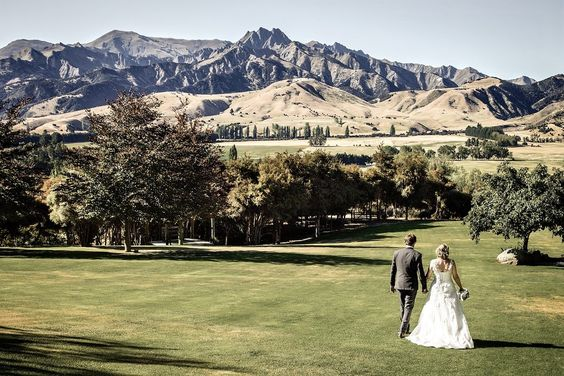 The Lookout Lodge Wanaka wedding   www.fluidphoto.com