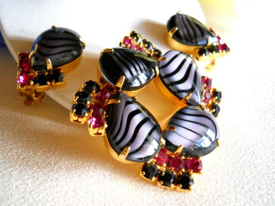 Vintage Striped Cabochon Black and Pink by JanesVintageJewels, $75.00