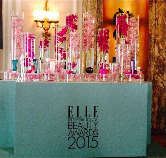 Y hoy...junto a @luchogf  en los #ELLEBeautyAwards2015!  Orquídeas!! y @eusilva presentando!! @elle_es #ELLE