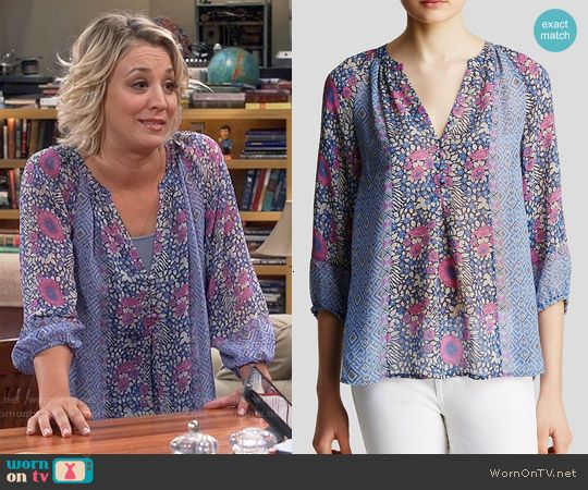 Penny's blue and purple floral blouse on The Big Bang Theory. Outfit Details: http://wornontv.net/54210/ #TheBigBangTheory