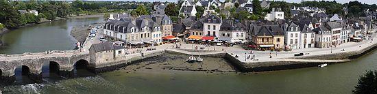 De Bretagne ( Breizh in het Bretons of Bertègn Gallo) is een historische en administratieve geografische regio, gelegen op het huidige grondgebied van de Franse Republiek.