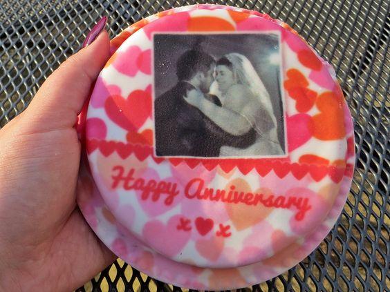 Frivolous Mrs D: Baker Days - Cakes Through the Letterbox?