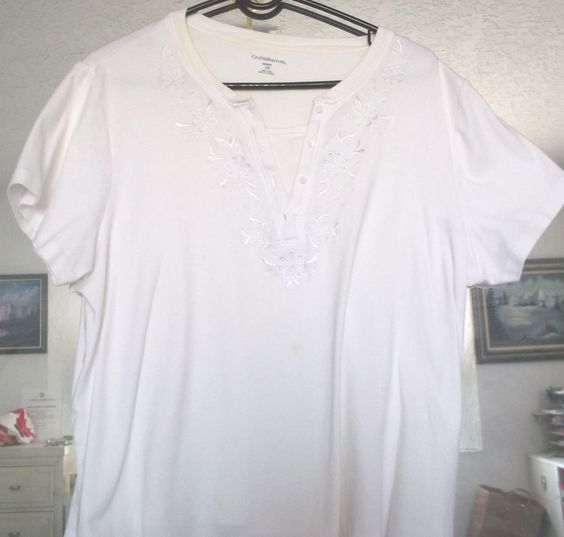 Top Floral V Neck Short Sleeve Croft & Barrow Women Size 2X White 100% Cotton   #WhiteStag #TopVNeck #Casual