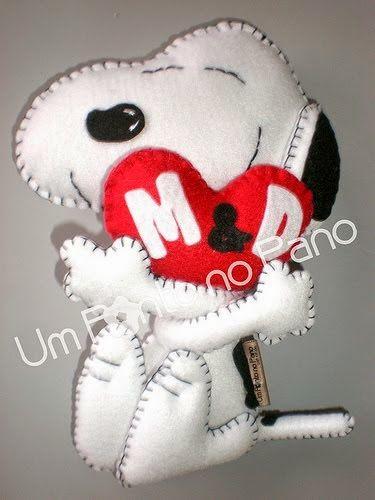 ARTE COM QUIANE - Paps,Moldes,E.V.A,Feltro,Costuras,Fofuchas 3D: Snoopy feito de feltro para o dia dos namorados
