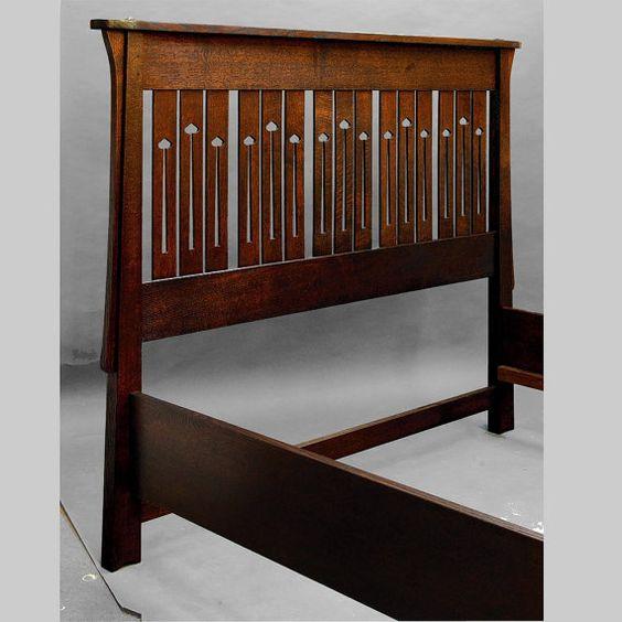 Artes y oficios diseño de Mackintosh cama QUEEN por DRYADSTUDIOS