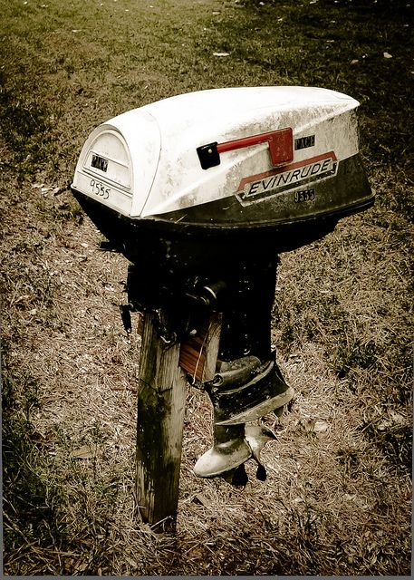 Mail time!  LOVE this vintage motor mail box! #mailbox #diy #recycle #garden #yard #aboutthegarden