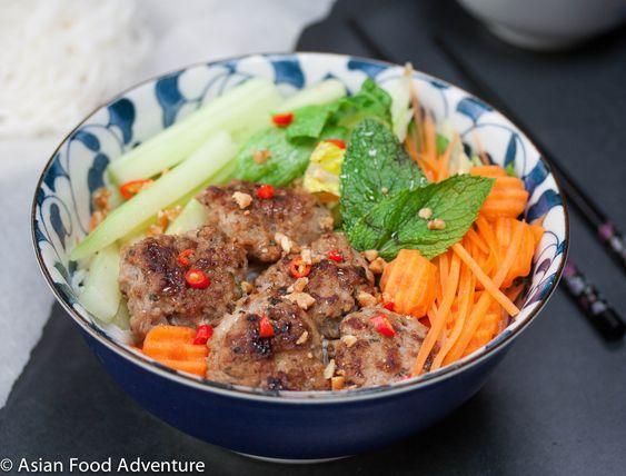 Vietnamese Grilled Pork Patties with Vermicelli (Bún chả)